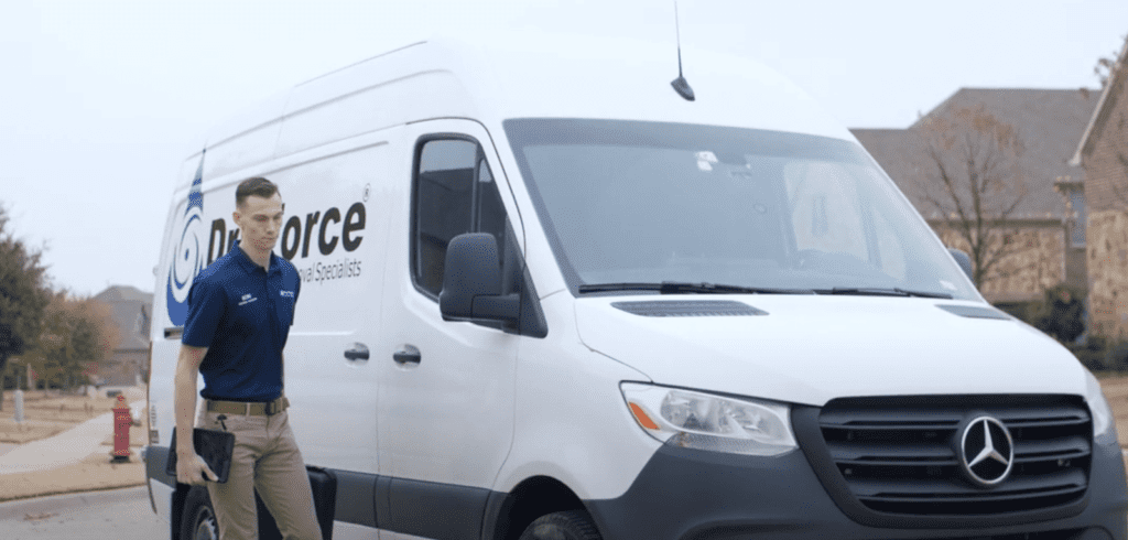dry force water removal specialists arrive at home